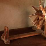 手紡ぎの布カディに秘められたガンジーの哲学